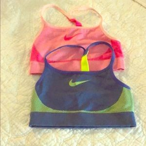 3/$30 💕Little girls sport bras Small